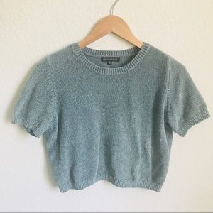 Kendall & Kylie Cropped sweater size M